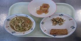 簡単給食 小松菜とチーズの春巻き
