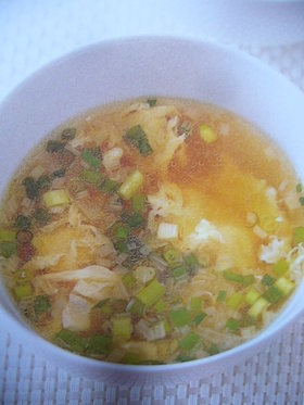 超簡単!ふわふわ卵のスープ
