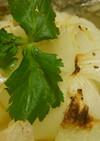 丸ごと玉ねぎのバターホイル焼き