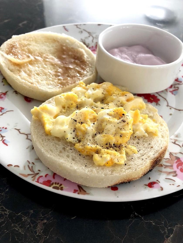 3分⁈  5分で簡単朝食。卵マフィン。