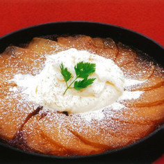 カラメル林檎のアップサイドダウンケーキ