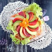 トマトとアボカドの夏のひんやり辛ラーメンの写真