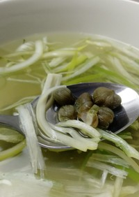 葱とケッパーの二日酔い対策スープ