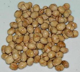 福豆の残りを飴で固めて食べる試み