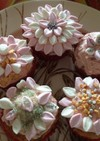 ミニマシュマロでお花のカップケーキ