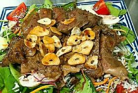 牛肉のサラダ、タリアータ風
