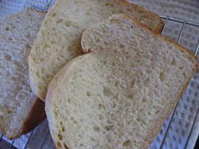 HBにお任せ❤米粉と全粒粉のふわふわパン