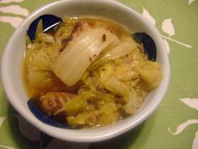 白菜とさば煮缶の炒め煮