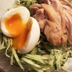 半熟たまごのサラダビビン冷麺
