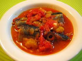 圧力鍋★骨までおいしい秋刀魚トマト煮