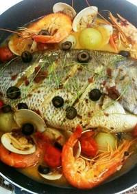 魚一匹簡単やっつけ料理アクアパッツァ☆