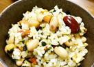 豆とナッツのわかめご飯