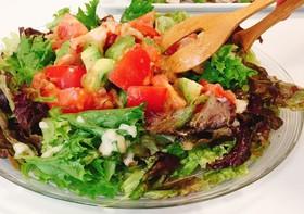 簡単☆海老とアボガドのトマトサラダ