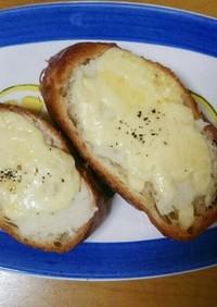 粉末マッシュポテトで簡単チーズトースト!