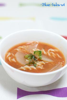 大根とツナの♪マカロニトマトスープ♪