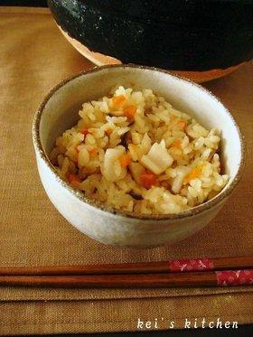 土鍋でご飯♪中華風炊き込みご飯