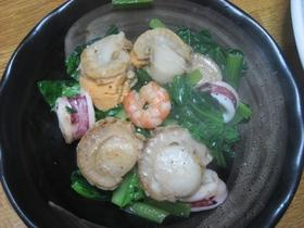 小松菜とシーフードの黒こしょう炒め