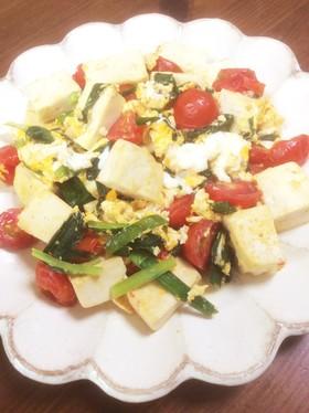 ニラ玉トマトと豆腐炒め