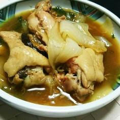 新玉ねぎと手羽元の煮物(カレー風味)