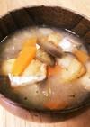 茄子人参お揚げの味噌汁