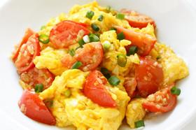 中華風トマトと卵の炒め物