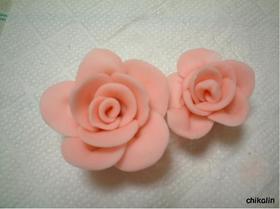 簡単!練りきり生地でバラの花♪