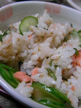 【男の料理】鮭とチーズのちらし寿司