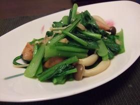 「小松菜をオイスターソースで炒める」の巻