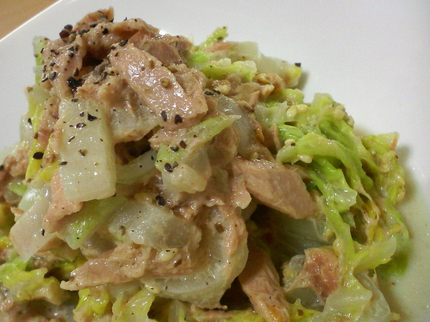 白菜とツナの簡単サラダ。