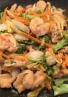 鶏肉と白菜やえのき茸の味噌炒め