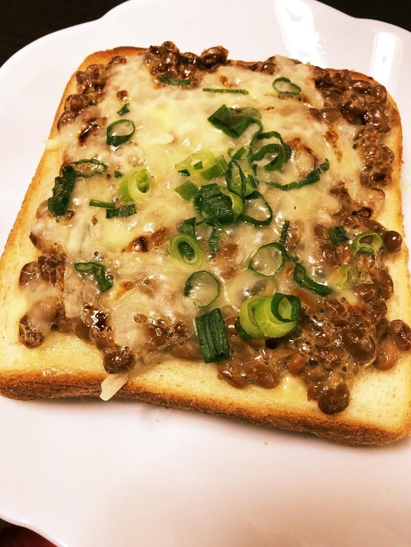 朝食に◎納豆トースト