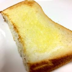 簡単☆ 塩バターパン