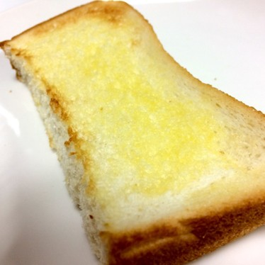 塩バターパン☆簡単に食パントースト☆