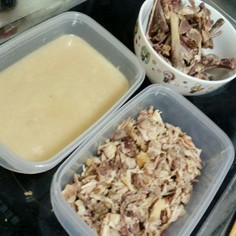 ロティサリーチキンの鶏ガラだしスープ