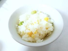 とうもろこしと枝豆の炊き込みご飯