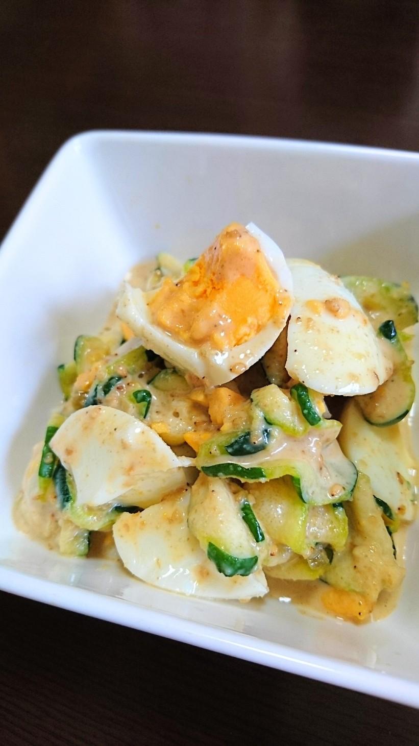 ズッキーニと茹で卵のサラダ♪