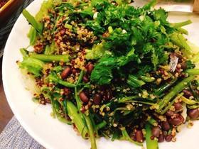 緑野菜をキヌアでモリモリ食べるサラダ