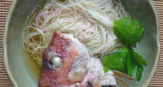 鯛 の あら レシピ 鯛のあらは活用すべき。鯛あら汁│おっさんひとりめし