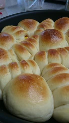 ウインナーコーン&ミルク ちぎりパン