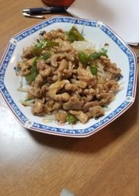 ししとうと鶏肉のピリ辛炒め
