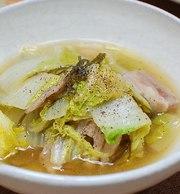 昆布だしが美味しい~白菜の煮物の写真
