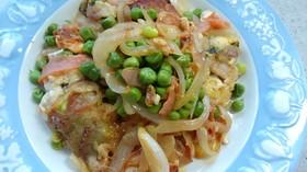 豆腐豚肉巻きとスナックエンドウ豆炒め