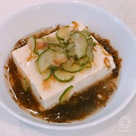 ダイエット朝食!豆腐もずく酢梅キュウリ!