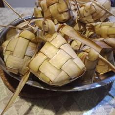 クトゥパッ(ketupat)圧力鍋で時短