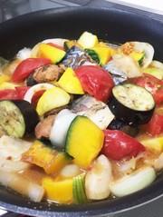 鯖缶と夏野菜の煮物の写真
