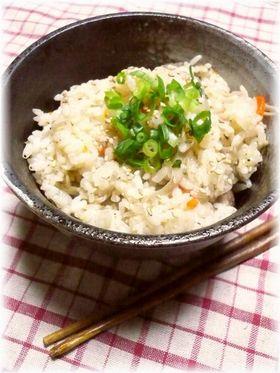 ♡土鍋de鶏ごぼうのご飯♡ちょっと中華風