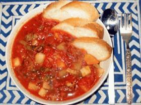 野菜たっぷりトマト煮込み