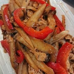ゴボウと豚肉のトマトケチャップ炒め