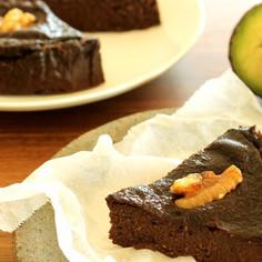 アボカドの濃厚チョコレートケーキ