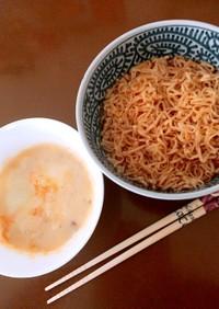 簡単!チキンラーメンのカルボナーラつけ麺
